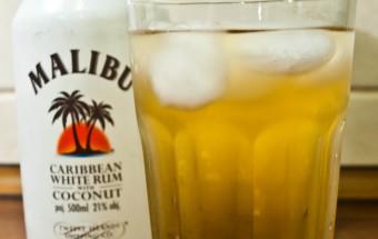 malibu-z-sokiem-ananasowym